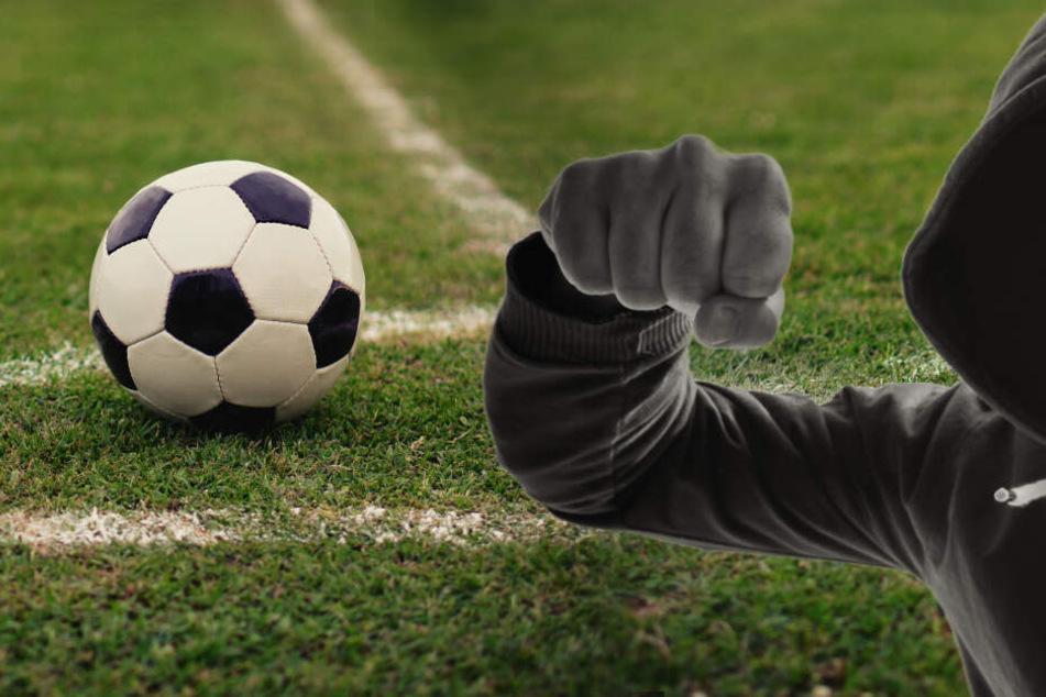 Streit eskaliert nach Fußballspiel im Erzgebirge: Drei Verletzte
