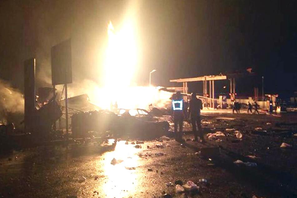 Sechs Menschen starben, mehr als hundert Personen wurden verletzt.