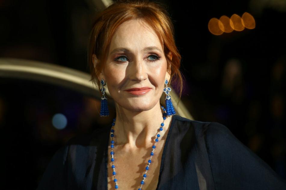 J.K. Rowling gesteht, sexuell missbraucht worden zu sein