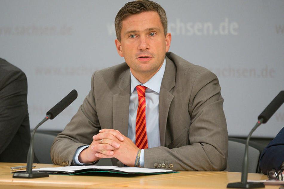 Sieht keinen anderen Weg als die Braunkohle: Martin Dulig (42, SPD).