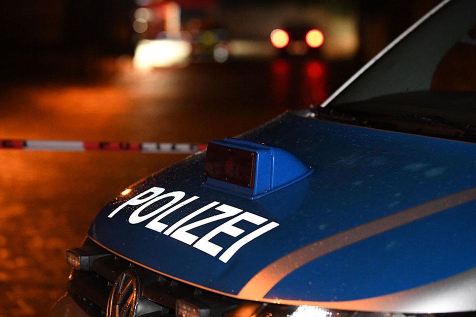Die Polizei sperrte die Straße Abdinghof während der Ermittlungen ab.