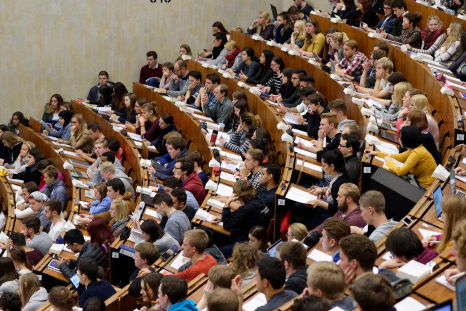 Studium in Baden-Württemberg? Dann solltet Ihr gute Noten mitbringen