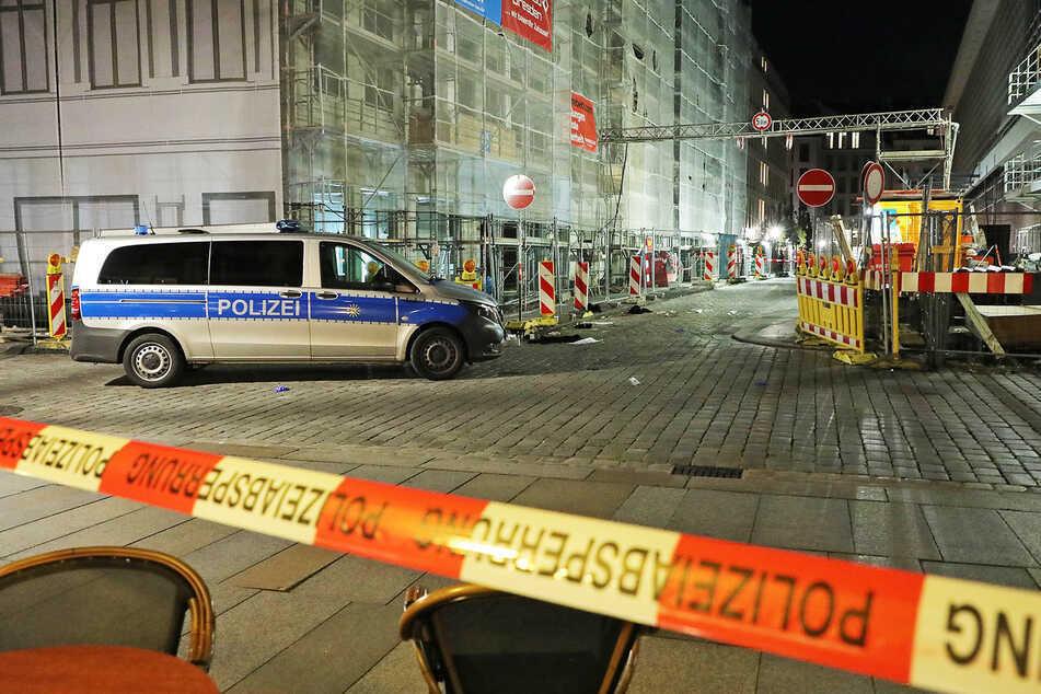 Die Polizei sicherte noch in der Tatnacht Spuren an der Schloßstraße und Rosmaringasse.