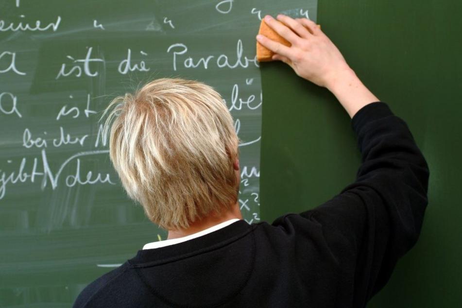 In NRW arbeiten immer mehr Seiteneinsteiger als Lehrer (Symbolbild).