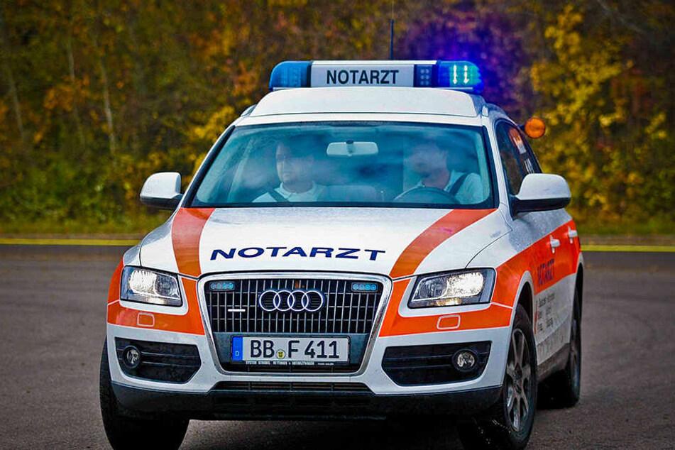 In Sachsen bleiben immer mehr Notarztdienste unbesetzt. 2015 fand sich für 1 153 Zwölfstundenschichten kein Arzt, 2016 waren es schon 1 324,5.