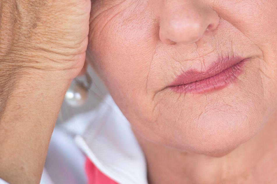Unerwartete Kopfschmerzen und das vorzeitige Einsetzen der Menopause machten einer Veganerin zu schaffen.