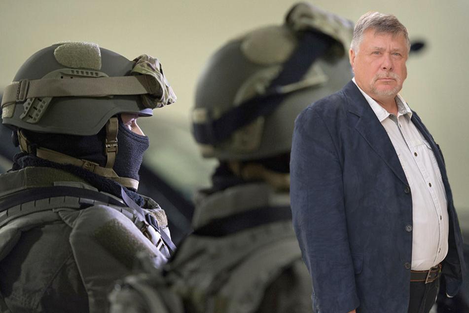 Von Waffenverbotszonen hält Reinhard Gärtner (63), Sprecher der Deutschen Polizeigewerkschaft wenig.