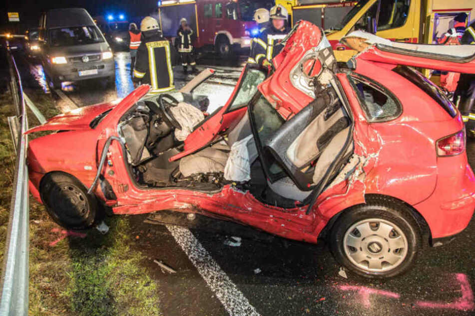 Zwei Verletzte bei schwerem Unfall auf A4-Zubringer