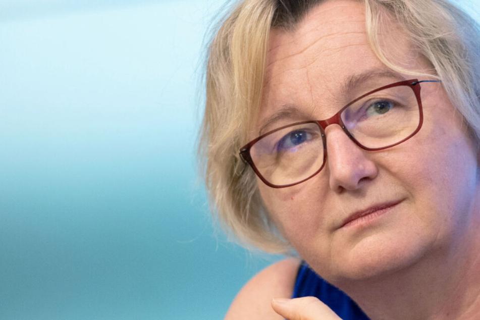 Ministerin im Krankenhaus: Theresia Bauer verletzt sich am Fuß