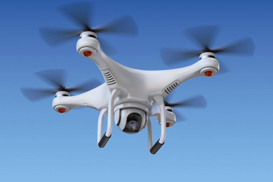 Eine Drohne über der Bombenfundstelle sorgte für Verzögerungen bei der Entschärfung (Symbolbild).