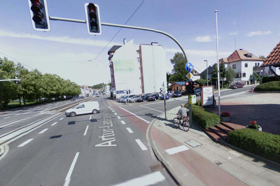 An dieser Stelle befindet sich momentan die Baustelle an der Artur-Ladebeck-Straße. Die Anwohner freut's!