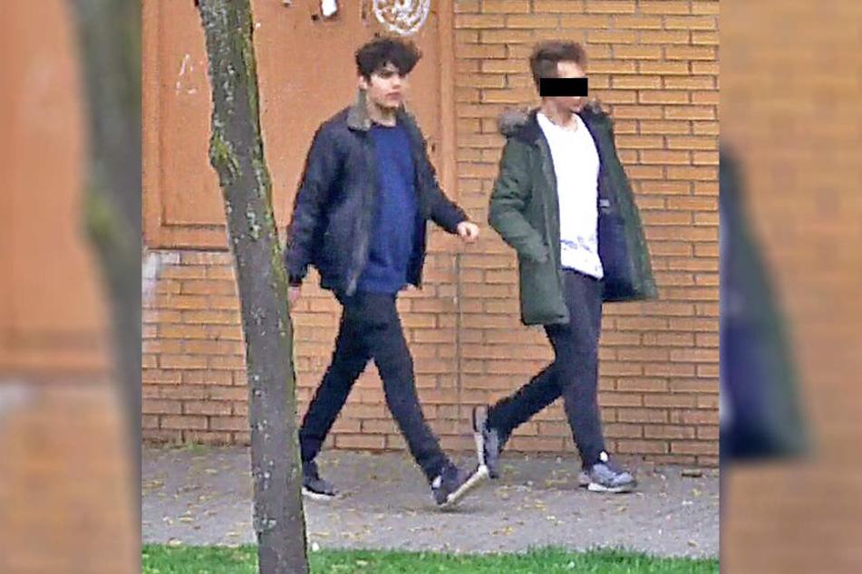 Mit einem Foto sucht die Polizei nach den zwei mutmaßlichen Schlägern.