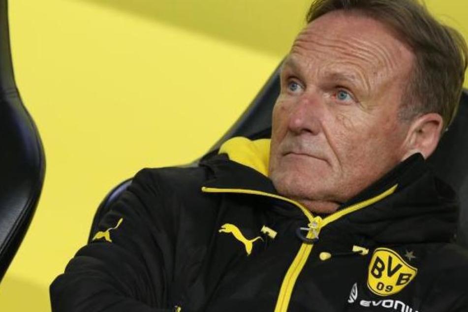 Der BVB-Geschäftsführer sieht trotz der harten Kritik keinerlei Mitschuld an den Ausschreitungen in Dortmund.