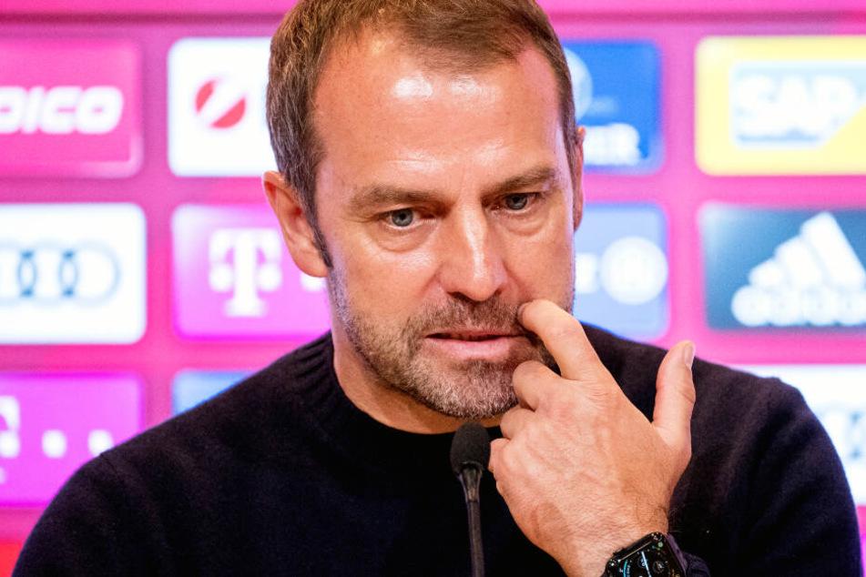 Hansi Flick und seine Spieler vom FC Bayern München müssen in der Bundesliga ran.
