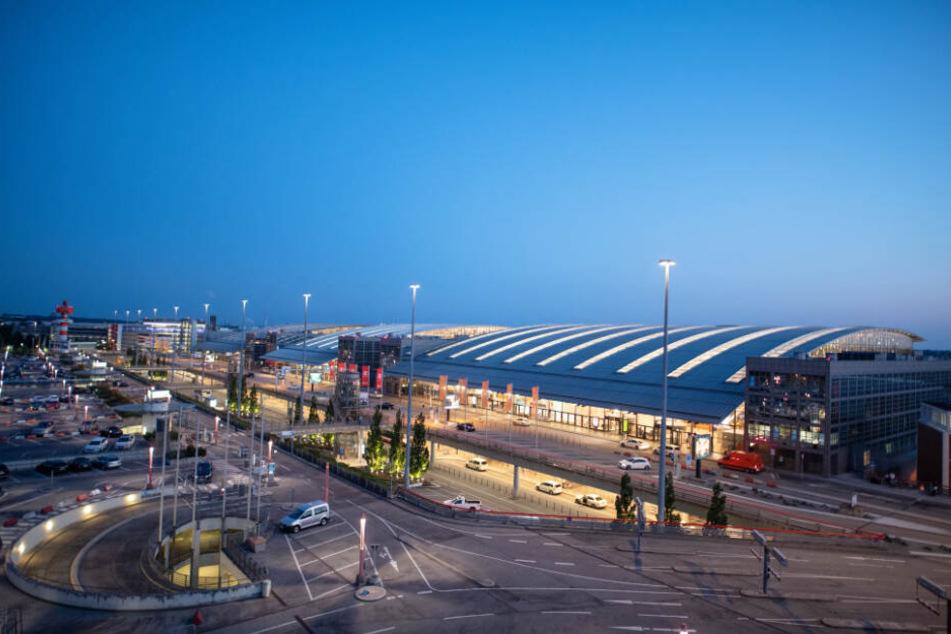 An den Terminals 1 und 2 des Hamburger Flughafens ist es frühmorgens noch relativ ruhig.