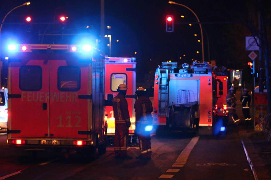 Die Feuerwehr ist mit 62 Einsatzkräften vor Ort.