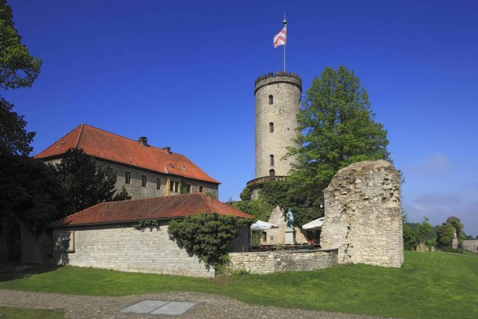 Die Sparrenburg ist Bielefelds Wahrzeichen. Im Dynamik-Städteranking 2016 schlägt Bielefeld Münster eindeutig!