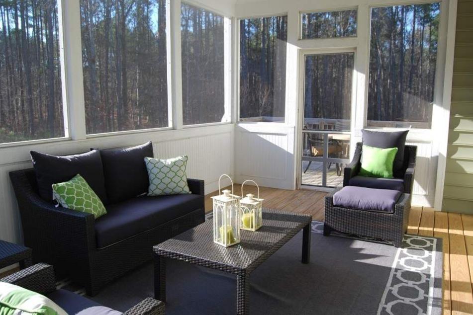 Eine separate Glasversicherung ist recht teuer und zahlt sich nur bei großen Fensterflächen wie bei einem Wintergarten aus.