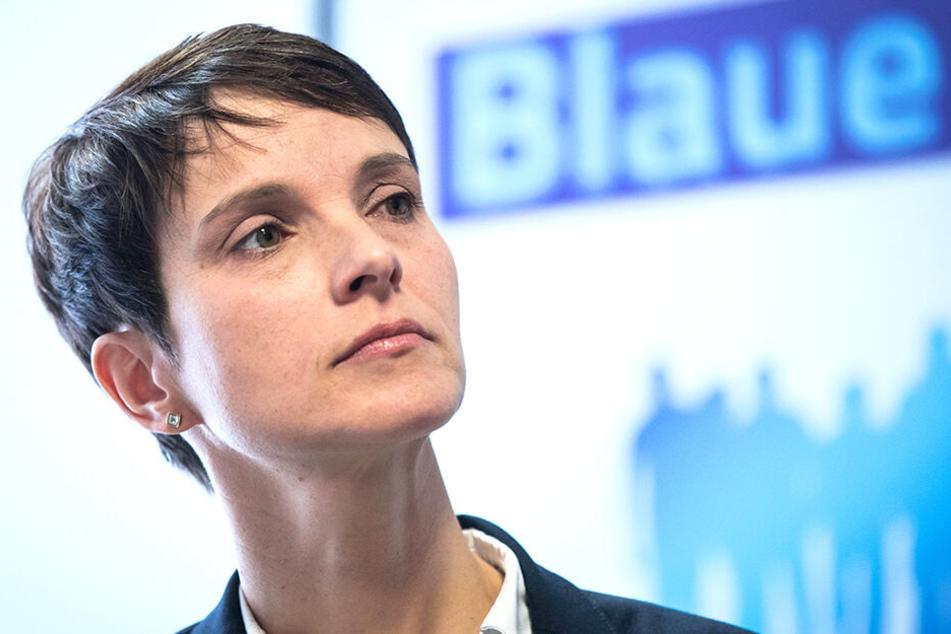 Frauke Petry kündigte bereits an, gegen das Ordnungsgeld vorzugehen.