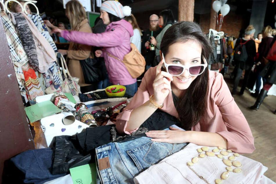 TAG24-Shopping-Queen Isabell Sophie Möller (19) schleppte vier Umzugkartons  voll gebrauchter Wäsche auf den FashionBaazar.