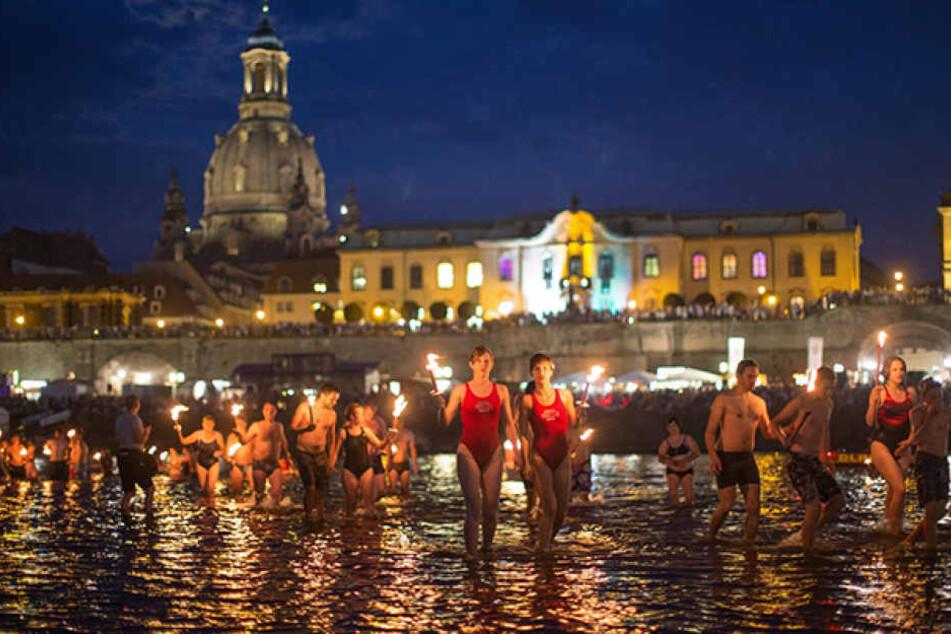 Das traditionelle Fackelschwimmen fällt dieses Jahr leider aus.