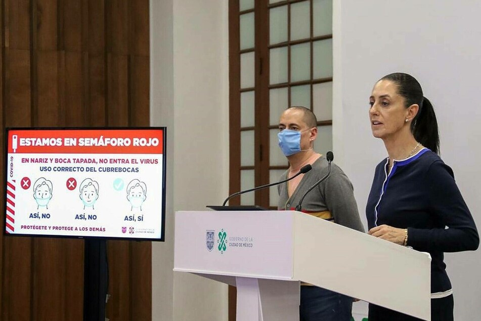 Claudia Sheinbaum (58), mayor of Mexico City, announced the fraud at a press conference.