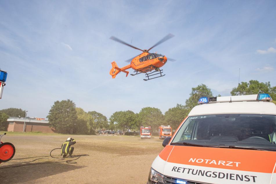 Ersthelfer hatten das Kind zuvor aus dem See holen können. Per Helikopter ging es dann in die Uniklinik.