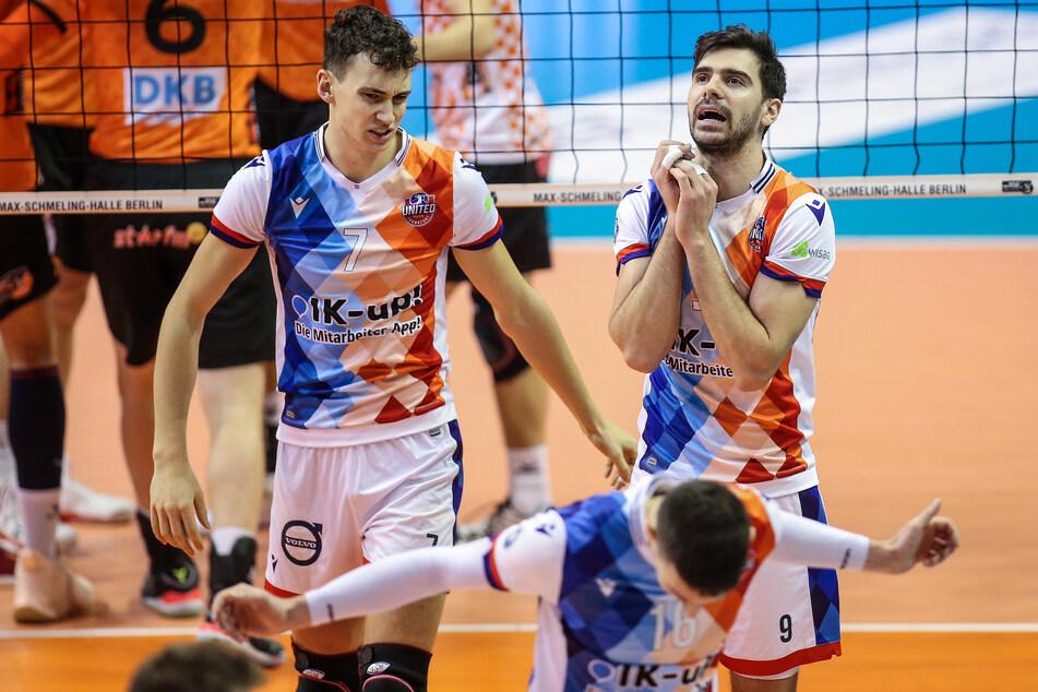 Die Volleyballer der United Volleys Frankfurt haben aufgrund des Saisonabbruchs nun zwangsfrei.