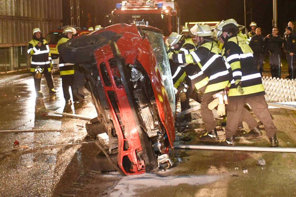 In München ist es in der Nacht auf Heiligabend zu einem kuriosen Unfall gekommen.