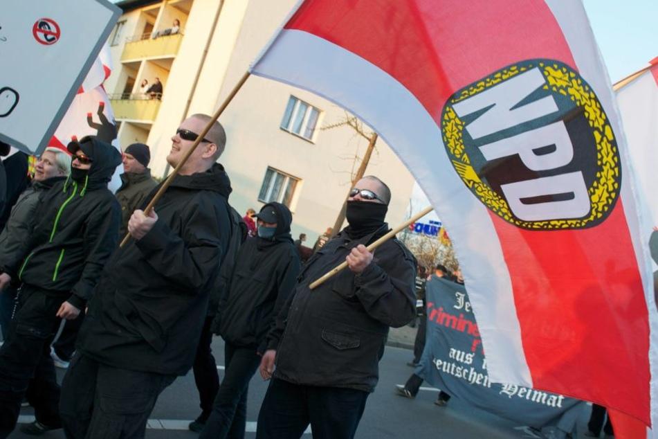 Die NPD will an Silvester neben dem Kölner Dom demonstrieren.