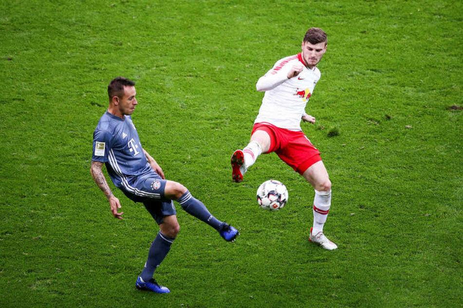 Timo Werner (23, r.) wird am Samstag gegen den FC Bayern im Pokalfinale vermutlich sein letztes Spiel für RB Leipzig bestreiten - gegen seinen neuen Arbeitgeber?
