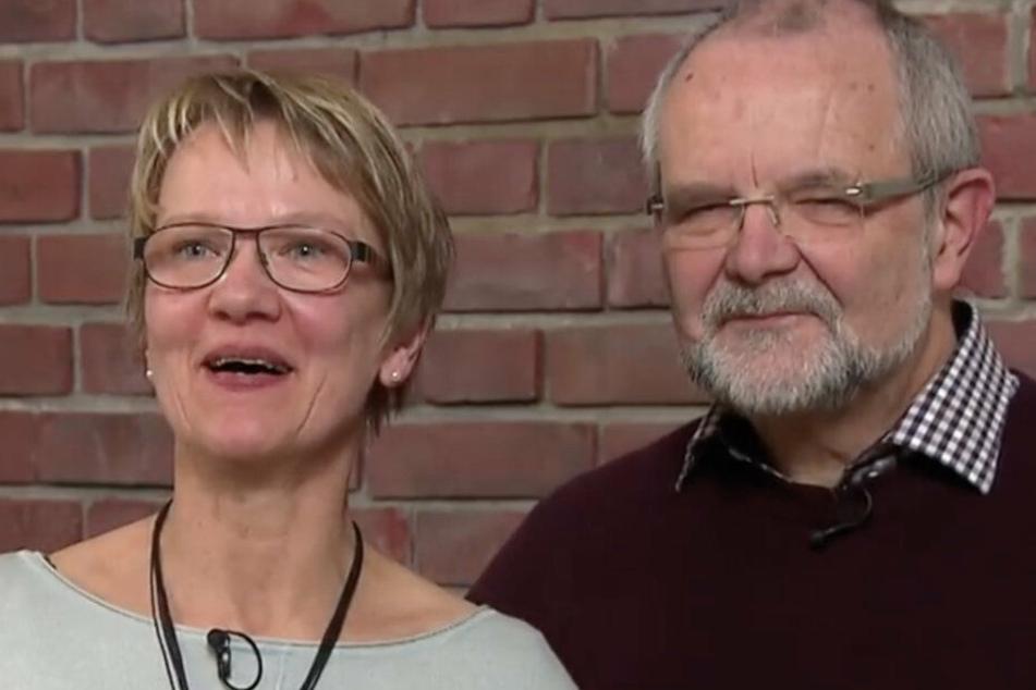 Maria und Gerold freuen sich. Sie können nun ihren Sohn in Ecuador besuchen.
