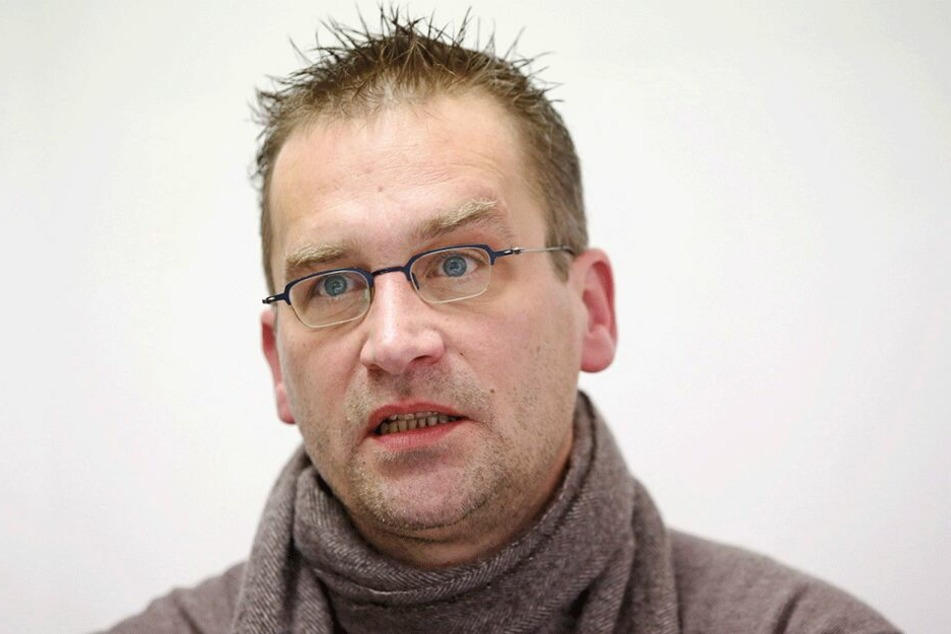 Martin Schulte-Wissermann (47, Pirat, Fraktion Die Linke) will den ÖPNV stärken.