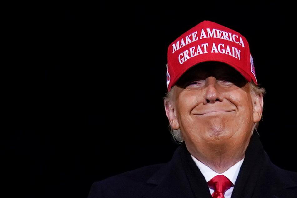"""Donald Trump hält Corona-Zahlen für """"übertrieben"""" und Zählmethode für """"lächerlich"""""""