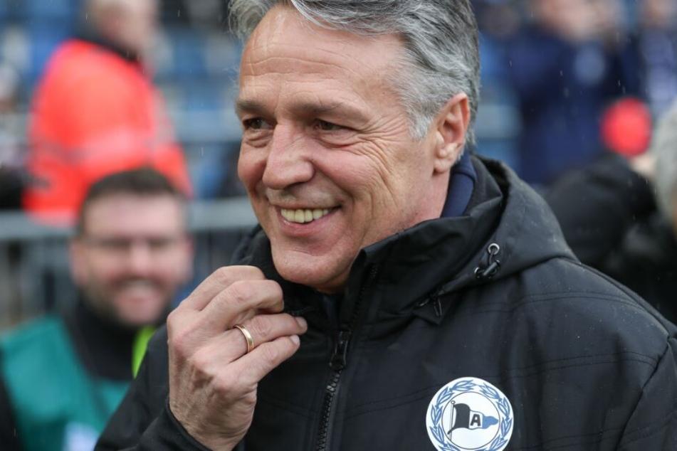 DSC-Trainer Uwe Neuhaus freut sich auf das Spiel gegen den Tabellenersten.