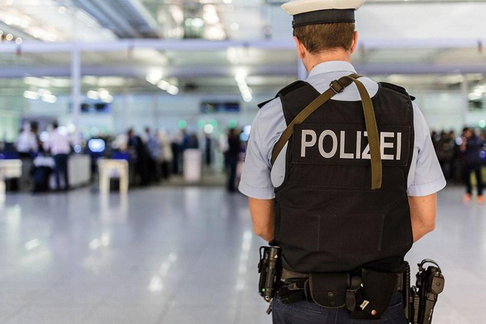 Die Bundespolizei nahm den verurteilten Vergewaltiger auf dem Flughafen München fest.