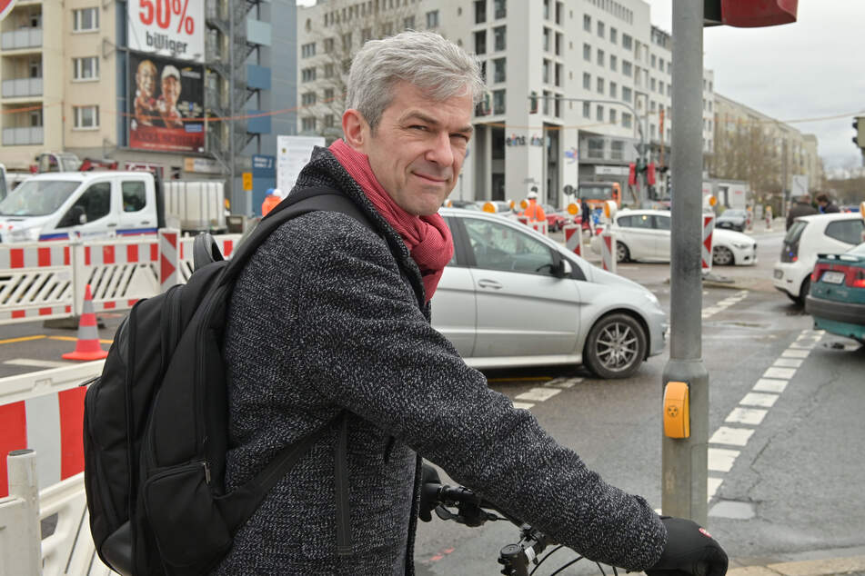 Der Chemnitzer OB-Kandidat Volkmar Zschocke (51, Grüne) war kurz nach dem Unfall ebenfalls vor Ort.