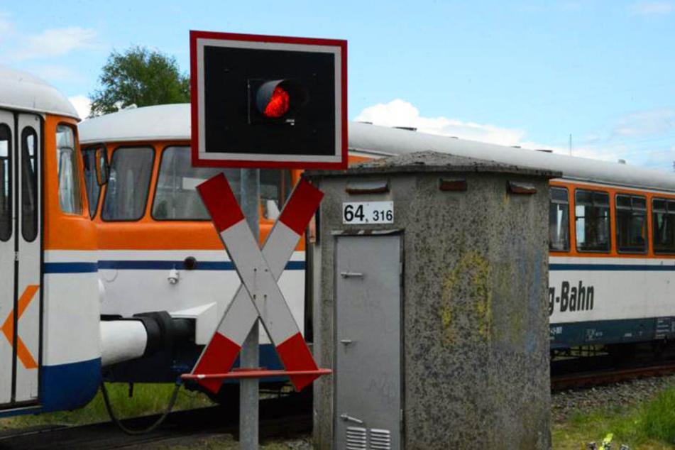 Weil das Warnsignal vermutlich gar nicht oder zu spät auslöste, kam es an Pfingsten zu einem folgenschweren Zug-Unglück.