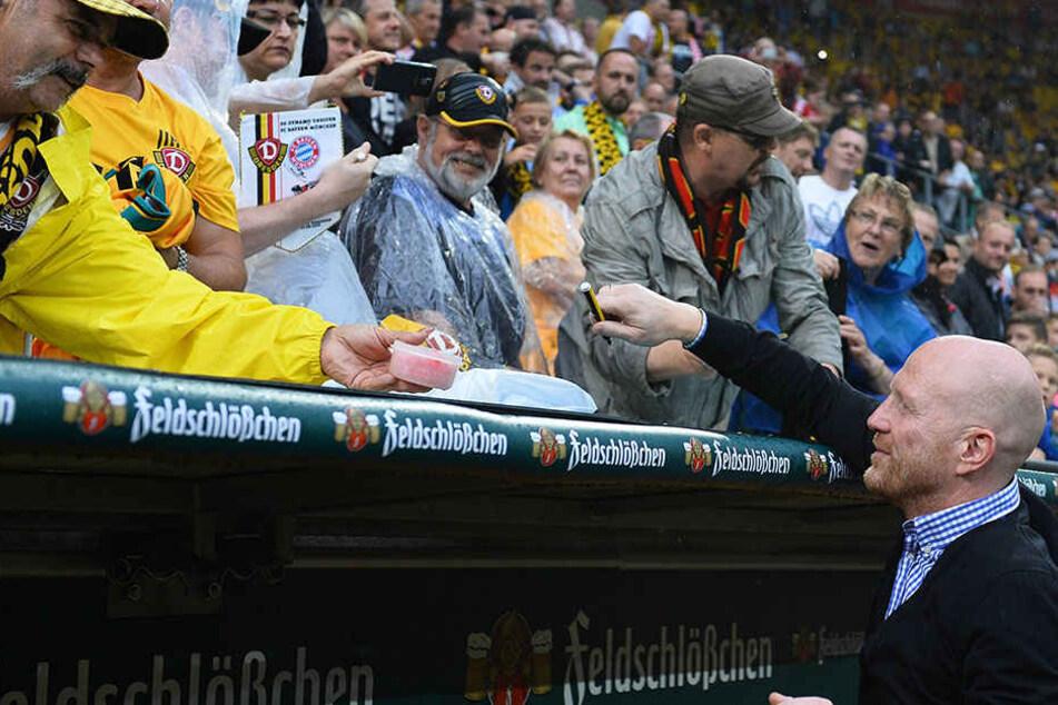 Dynamo Gegen Union Ex Profi Sammer Drückt Die Daumen