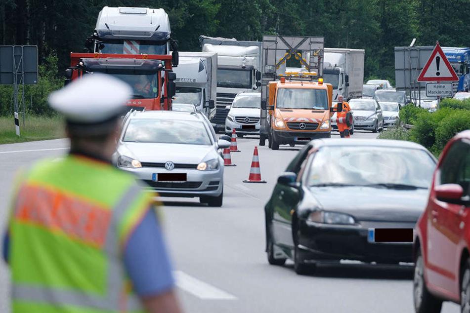 Gemeinsame Kontrollen: Tschechische und deutsche Fahnder nehmen Laster ins Visier