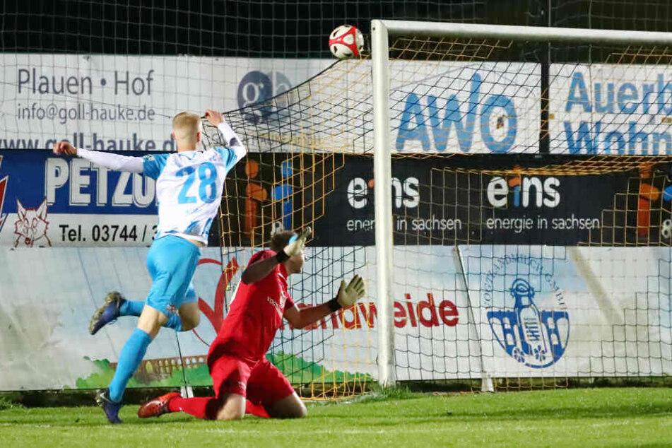 Tor für Chemnitz, Treffer zum 0:2 durch Torschütze Jan-Pelle Hoppe.