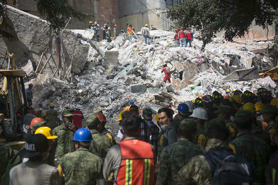Nach schwerem Erdbeben: Zahl der Todesopfer weiter gestiegen