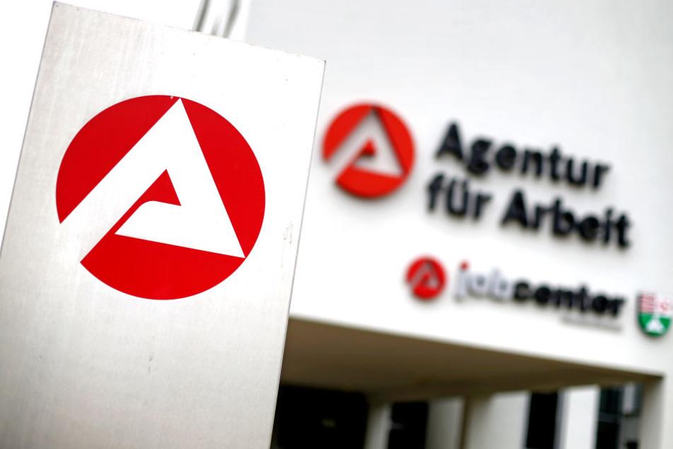 Mit einer Zahl von 70.300 Menschen ist die Arbeitslosenquote in Thüringen gesunken. (Symbolbild)