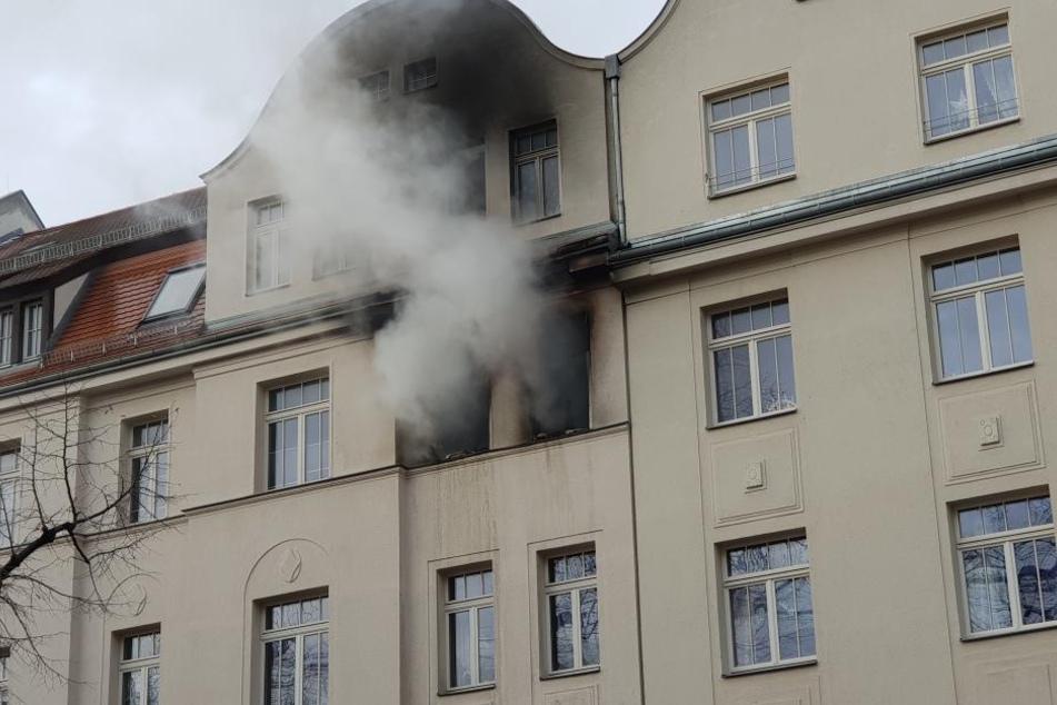 Bei dem Brand im Leipziger Nordosten kam eine Person ums Leben.