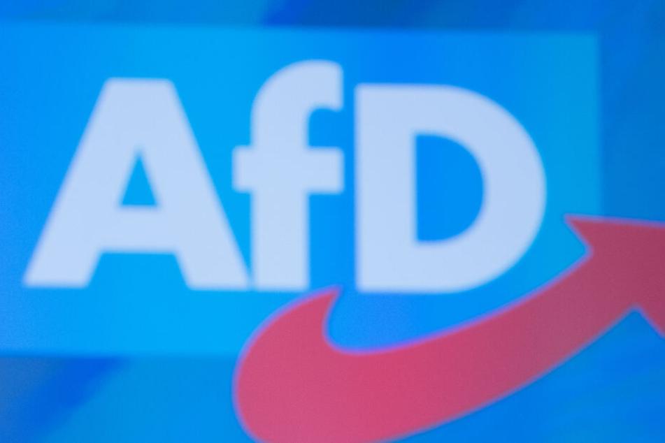 """In einer Mitteilung sprach die Landtagsfraktion von einem """"Sprengstoffanschlag"""" (Symbolfoto)."""