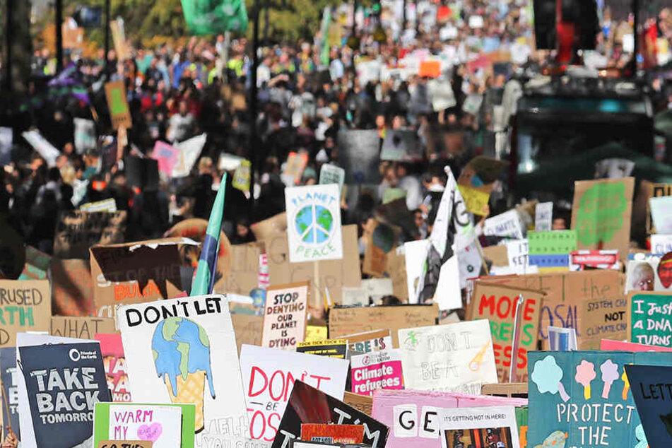 Hier zu sehen: die aktuellen Proteste in London.