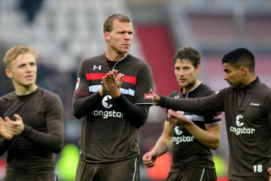 Mats Möller Daehli (von links nach recht), Henk Veerman, Daniel Buballa und Sami Allagui haben zwar stark gespielt, aber nur ein Unentschieden gegen Heidenheim erreicht.