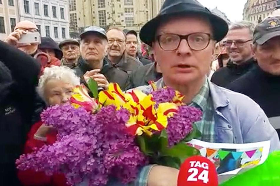 Uwe Steimle fordert, dass die Lager weiter miteinander reden und die Lage in Dresden nicht verhärtet.