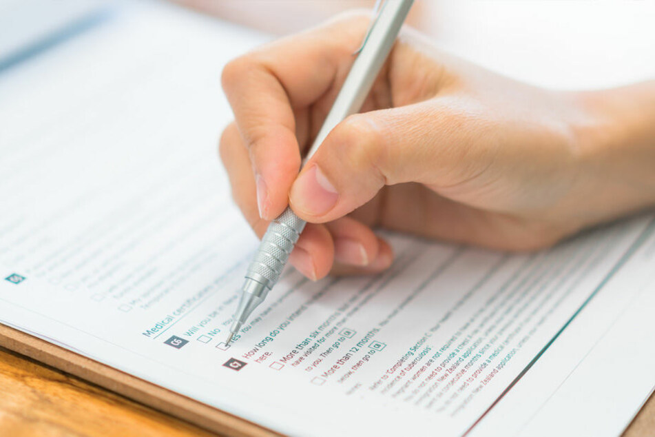 Für die Stellung von Anträgen, die Einschreibung oder mögliche Einstellungstests sollte ausreichend Zeit eingeplant werden.