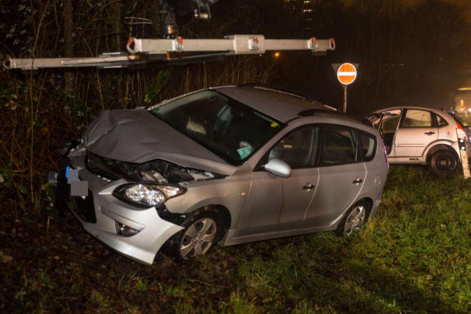 Zwei Schwerverletzte nach Unfall hinter Limestunnel